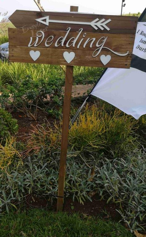 Picket sign Wedding